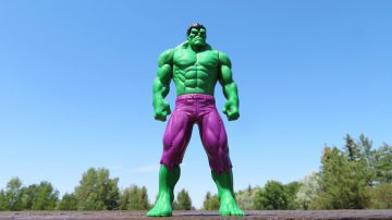 Incredible Hulk figurine