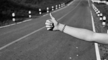 hitchhiking thumb